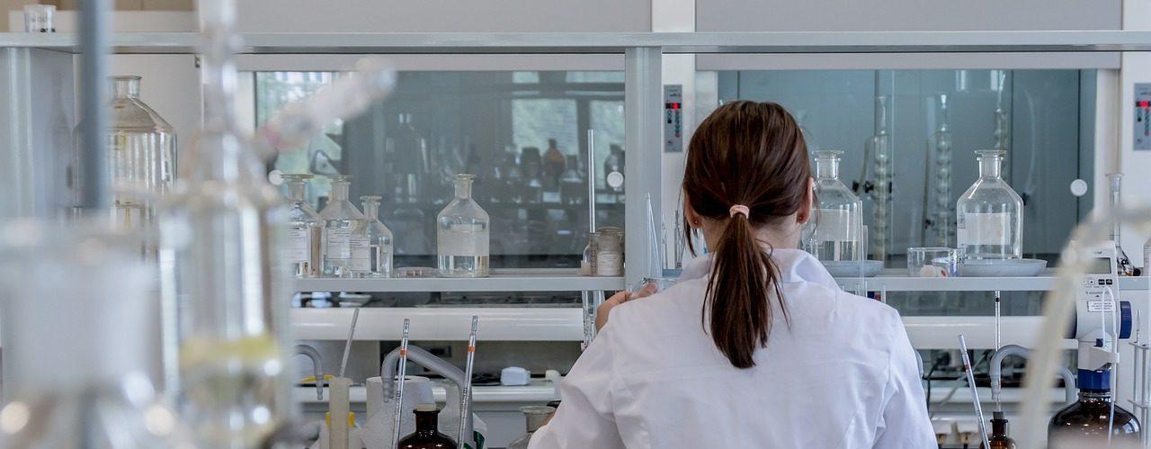 laboratory-worker-lab-coat